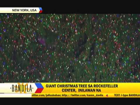 Rockefeller Christmas tree lights up NYC