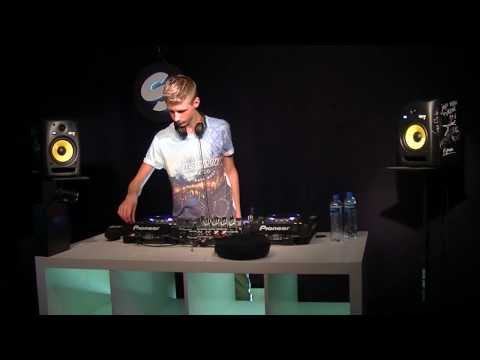 Arbores Radio Live Set at Spinnin' Records HQ