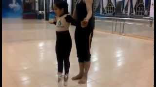 Bảo Anh Bước Nhảy Hoàn Vũ Nhí 2015 tập đi giày mũi cứng