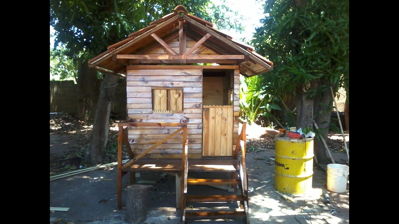 C mo construir una casita de madera para ni os youtube for Casa ninas jardin