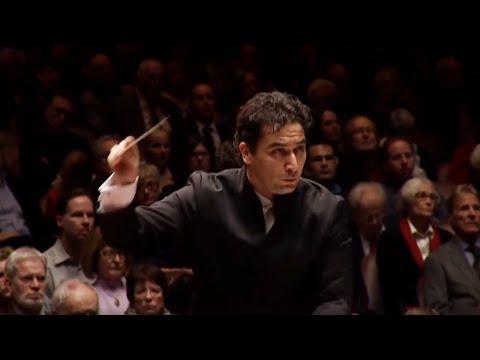 Zemlinsky: Sinfonietta ∙ hr-Sinfonieorchester ∙ Andrés Orozco-Estrada
