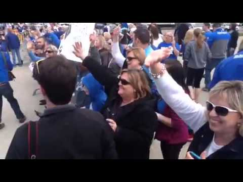 Fans waited for UK players at Blue Grass Airport