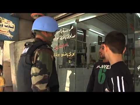 SYRIA: DAMASCUS: UN OBSERVERS on PATROL: 30May (UNSMIS)
