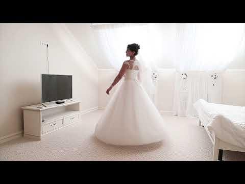 Сборы жениха и невесты в отеле