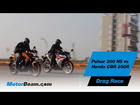 Pulsar 200 NS vs Honda CBR250R - Drag Race