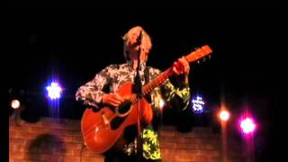 Watch Robyn Hitchcock Cathedral video