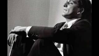 Watch Tony Bennett The Gentle Rain video