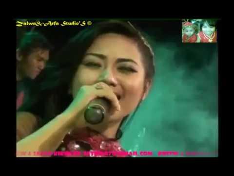 download lagu DERITAMU ADALAH DOSAKU ~ Acha Kumala Ft. Ilham gratis