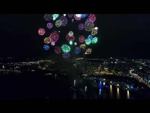 4К - Закрытие фестиваля Круг Света 2017 с квадрокоптера в Строгинском затоне