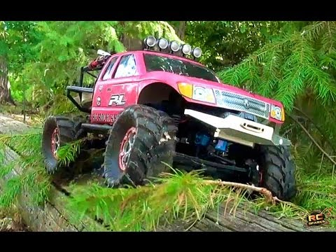 RC ADVENTURES - LOG ROLL - PiNKY & The BEAST - JEM & MEDiC have fun with Scale 4x4 Trucks