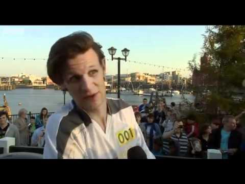 Doctor Whos Matt Smith on Olympic torch relay run - London 2012 - BBC News