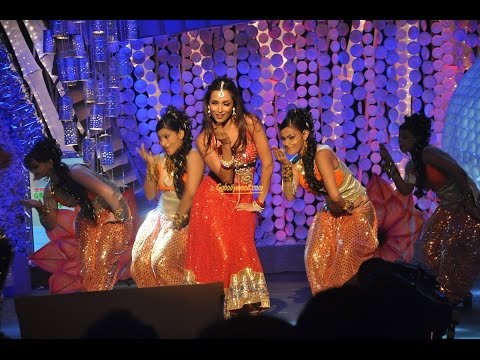Bollywood actress malaika arora khan performing in nepal @tundikhel