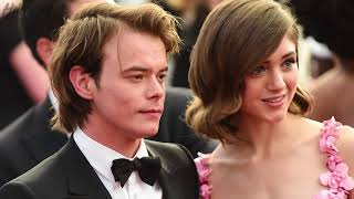 Download Lagu Natalia Dyer SQUASHES Breakup Rumors about BF Charlie Heaton From 'Stranger Things' Gratis STAFABAND