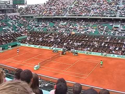 gael monfils dive. Federer v Gael Monfils