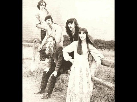 Steeleye Span - Cold Haily Windy Night