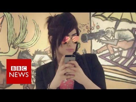 Qandeel Baloch's parents speak of pain - BBC News