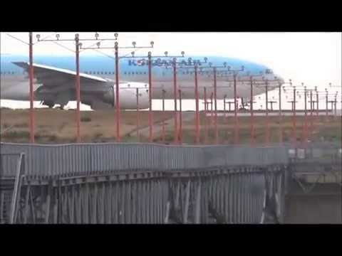 Plane Spotting At Seattle-Tacoma International Airport