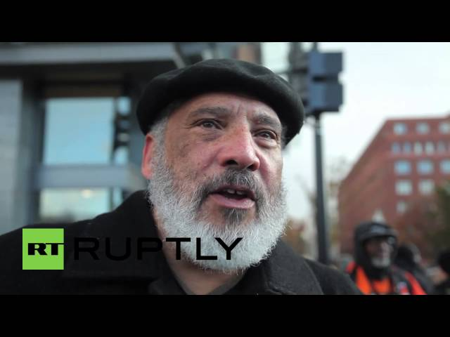 USA: Watch Black Friday protesters target Walmart
