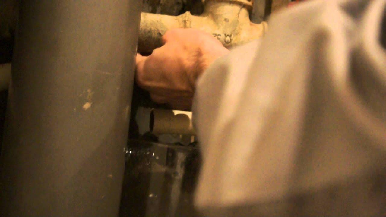 Устранить течь полотенцесушителя своими руками