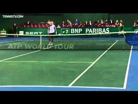 Ferrer's Unorthodox Hot Shot Overhead Vs Fognini In Paris