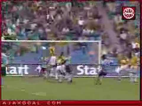 Chivu Vitesse-Ajax Free kick
