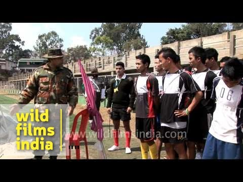 Army major briefing candidates before test run, Aizawl