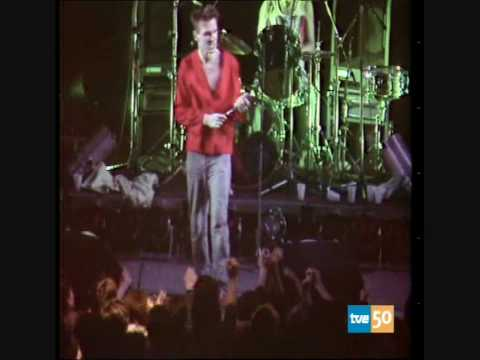 The Smiths - This charming man (Live at Paseo de Camoens)