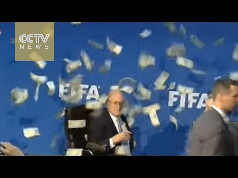 FIFA presidential candidates in last minute lobbying of votes in Zurich