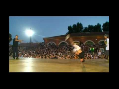 MELTING FORCE VS BBOYWORLD TEAM (PERPIGNAN BLOCK PARTY 2009) part2 WWW.BBOYWORLD.COM Video