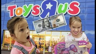 Toddlers SPEND $100 without PARENTS at TOYS R US!