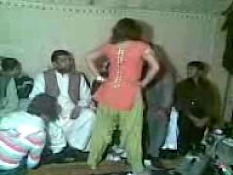 Mera Tan Maan Pyasa Hot Mujra.3gp video