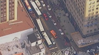 Empire State Building Shooting 2012: Initial Video From The Scene in New York City