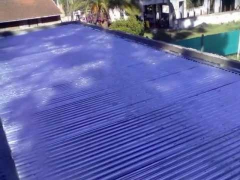 Colocacion de techos de chapas con perfil c youtube for Techos de chapa modernos