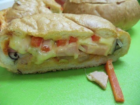 Брутальный бутерброд  за пару минут на своей кухне Мини пицца по домашнему Ну очень вкусно!!!