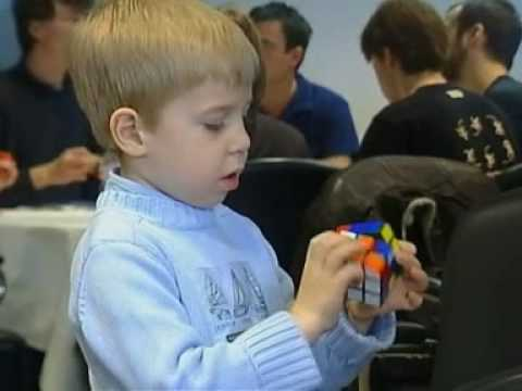 Watch 5 year old in French competition