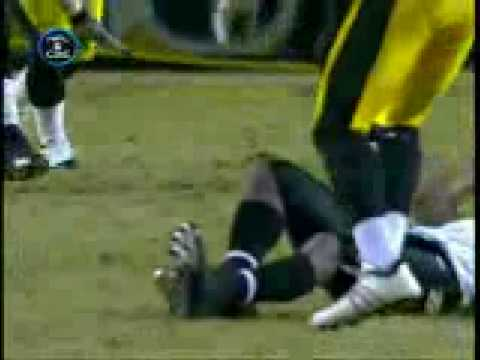 Pittsburgh Steelers VS Raven- RYAN CLARK hit on WILLIS  MCGAHEE!!!