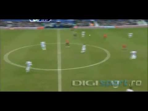 Robin Van Persie Stupid Injury v QPR and miss the game with real Madrid HD