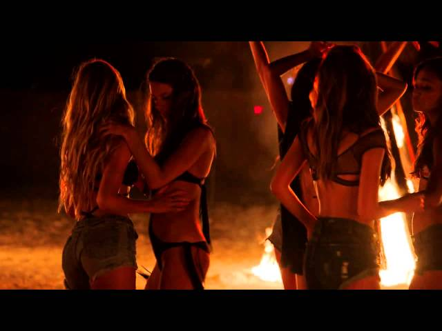 Behind The Victoria's Secret Swim Special: Bonfire Beauties