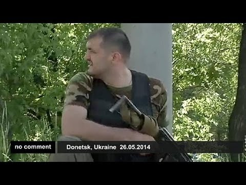 Ukrainian troops battle separatists at Donetsk airport - no comment