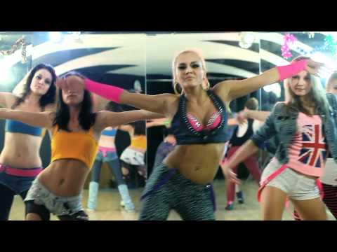 Go-Go dance with Julia \ Party rock!