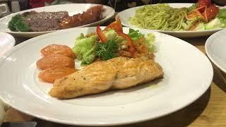 """Thu Trang hướng dẫn cách ăn đồ """" Tây """" bá đạo"""