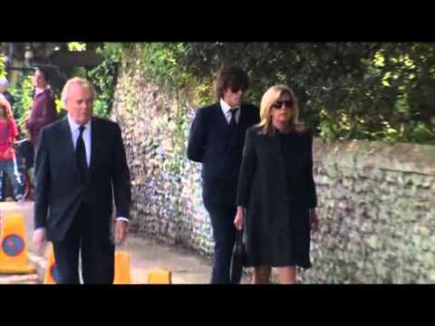 Raw: Mourners Gather for Peaches Geldof Funeral