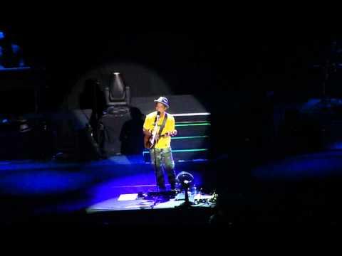 Count On Me - Bruno Mars Arena Hsbc Rj video