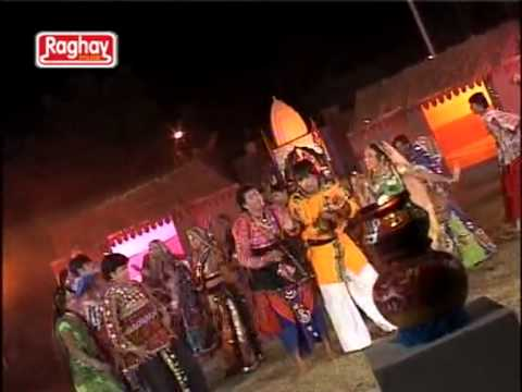 Lal Chatak Farke Dhaja-gujarati New Religious Garba Special Mataji Song Of 2012 video