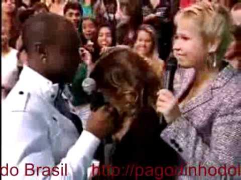 Thiaguinho se declara para Fernanda Souza