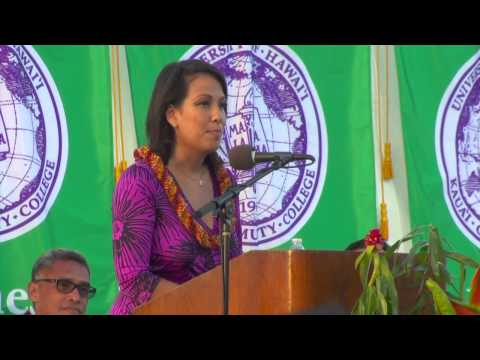 Heu delivers keynote address to Kauai Community College graduates