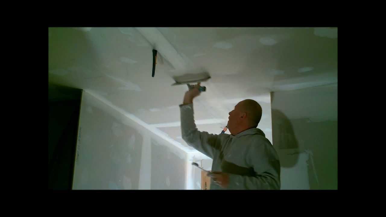 coller au plafond la bande joint youtube. Black Bedroom Furniture Sets. Home Design Ideas
