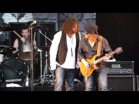 Tygers of Pan Tang - Don't Touch Me There (Live @ Sweden Rock Festival, June 8th, 2012)