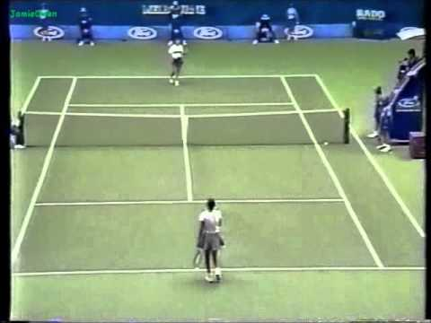 Monica Seles vs Anke Huber 1996 Australian Open Final Highlights. Sadly Monica's last ever Slam victory. Very sad about that fact, she will always be a great...