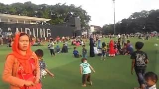 download lagu Ini Wajah Baru Alun Alun Bandung Yang Pakai Rumput gratis